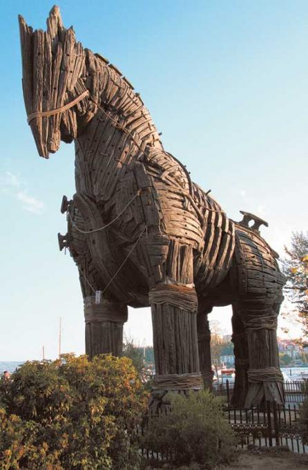 la-calul-troian-18384479