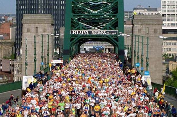 runners-cross-the-tyne-bridge-during-the-great-north-run-287939233-1356173