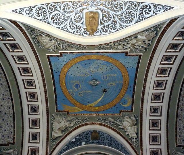 Sistemul-Solar-si-cometa-Halley-Cupola-Palatului-Cultural-din-Arad